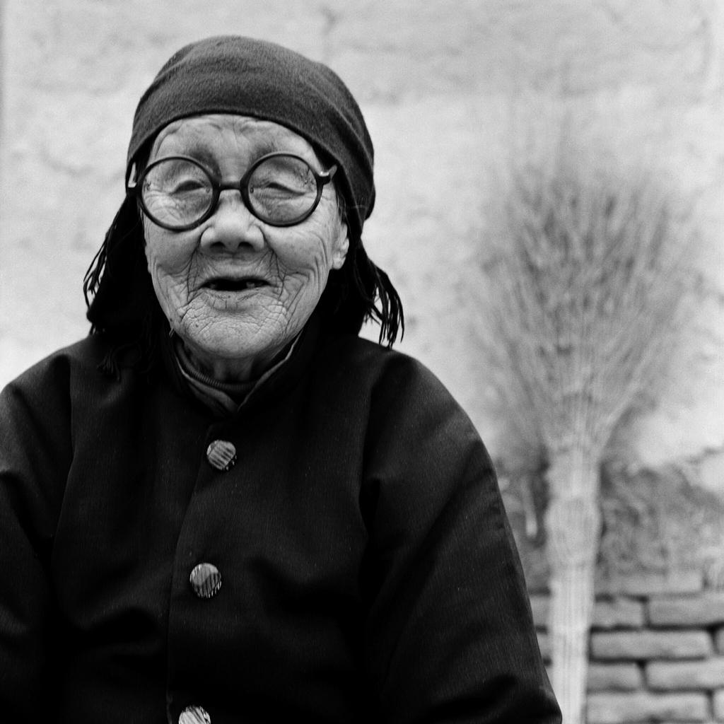 Yang Jinge portrait, 87, [2010] (1923—)