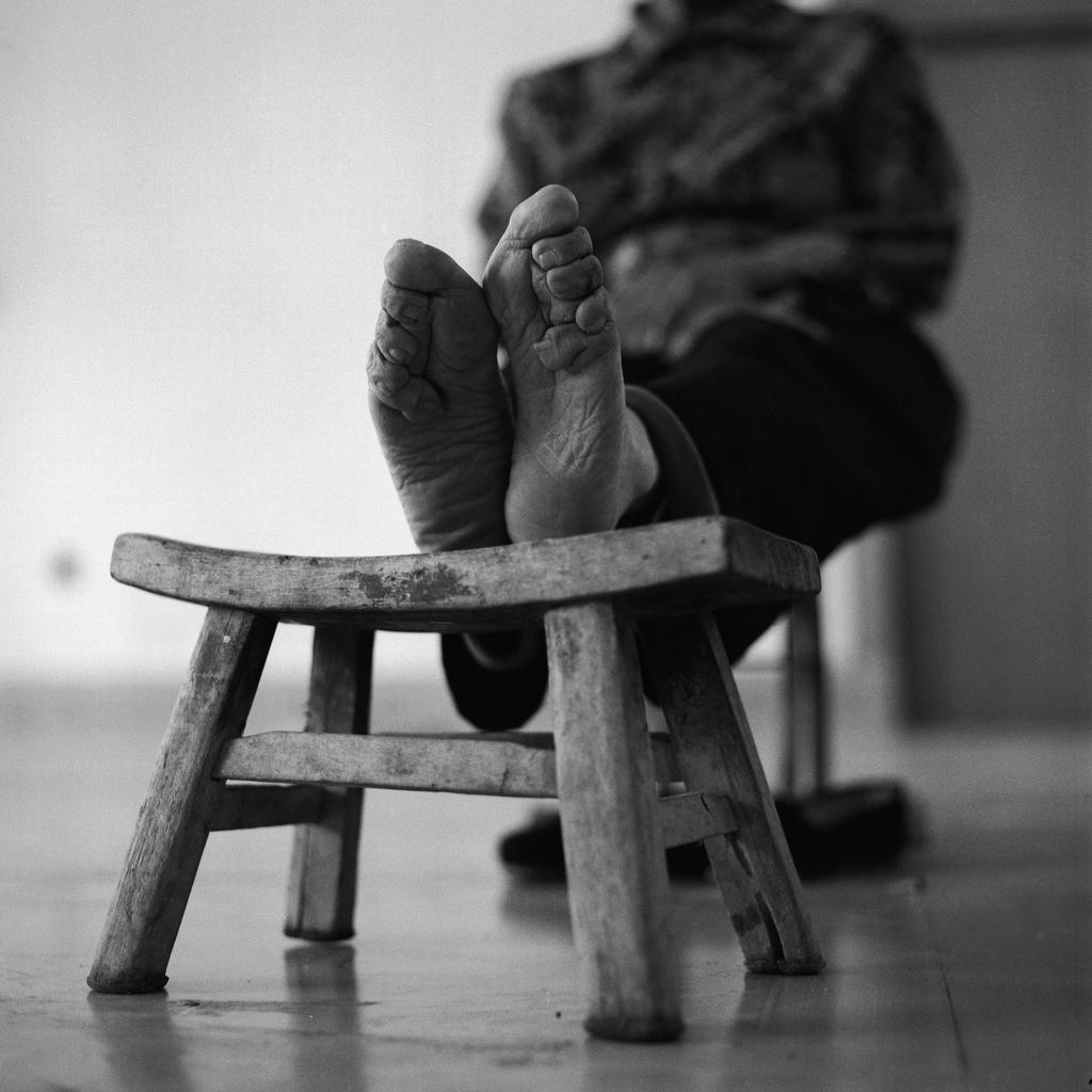 Shi Yu Hong, 78, [2008] (1930—)